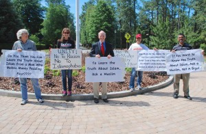 Counter-Protest-Bill-Warner-Pic-2